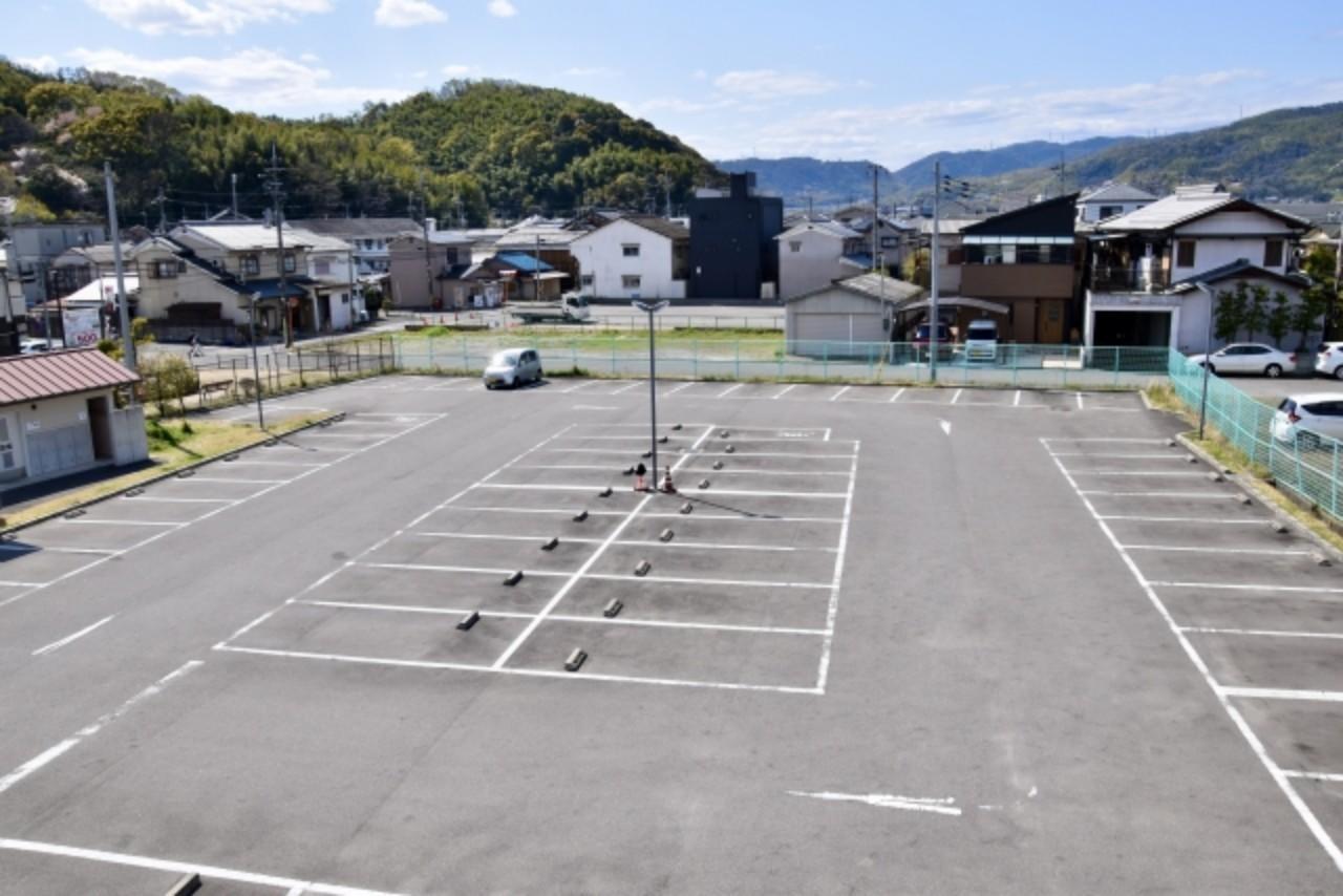 駐車場内でよくある事故と対策法は?